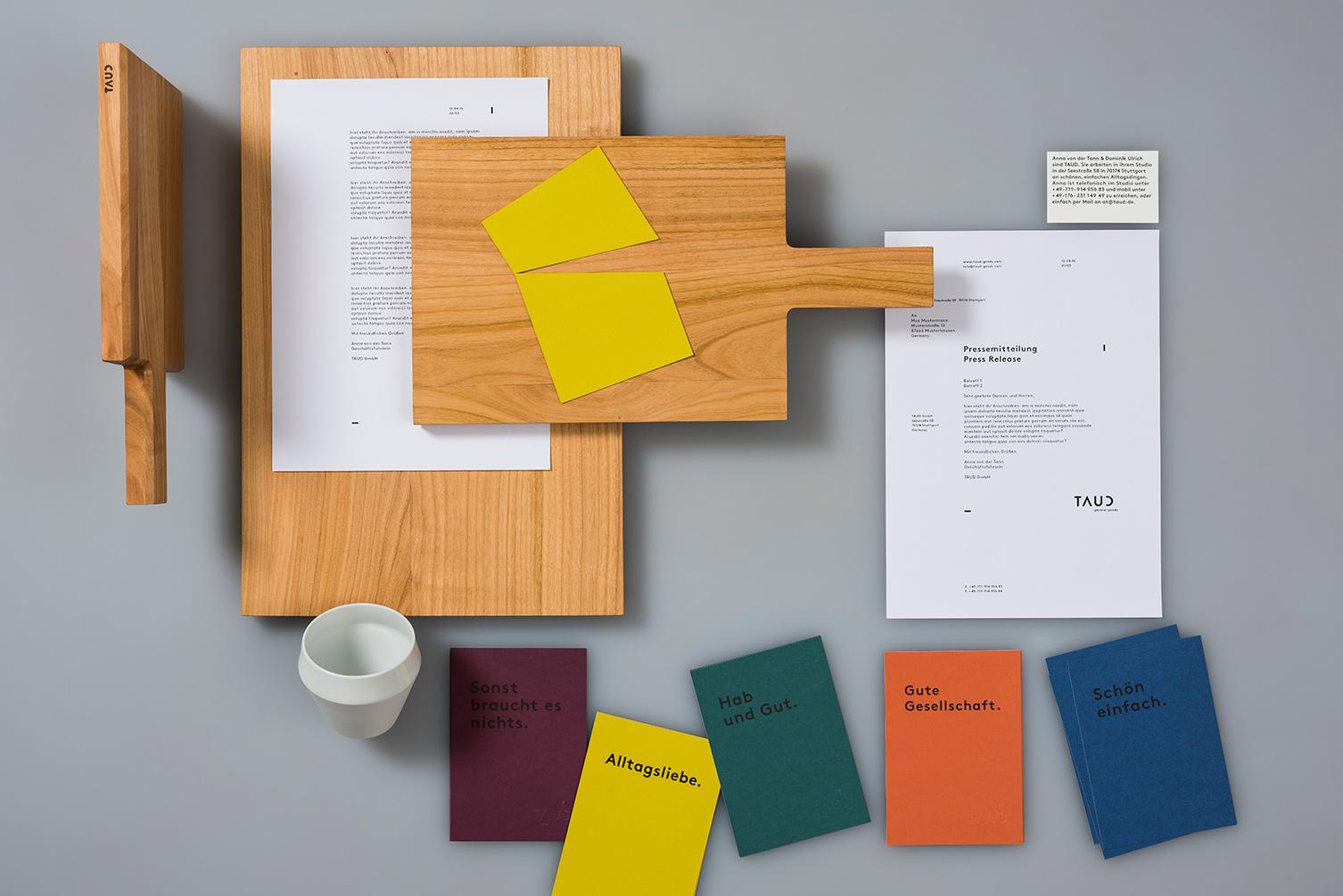 Produktdesign, minimalistisch, simpel, Corporate Design Visitenkarten, Postkarten, Schneidebrett, Briefbogen, Tasse