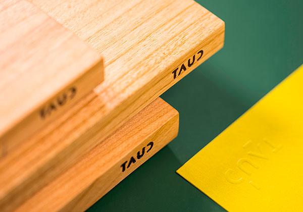 Produktdesign, minimalistisch, simpel, Corporate Design, Schneidebrett, Prägung, Brandzeichen