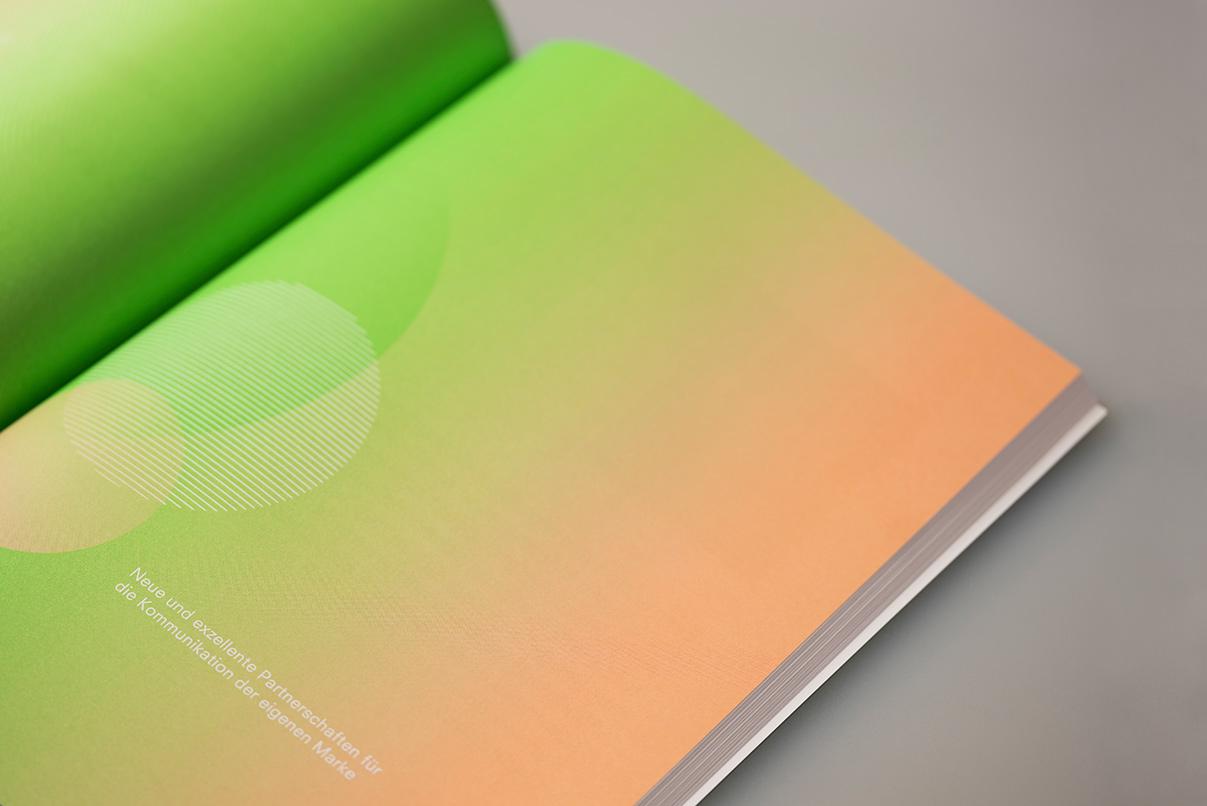 DFV, deutscher Fachverlag Frankfurt, Magazin, App, Buch, Editorial Design, Messe 2019
